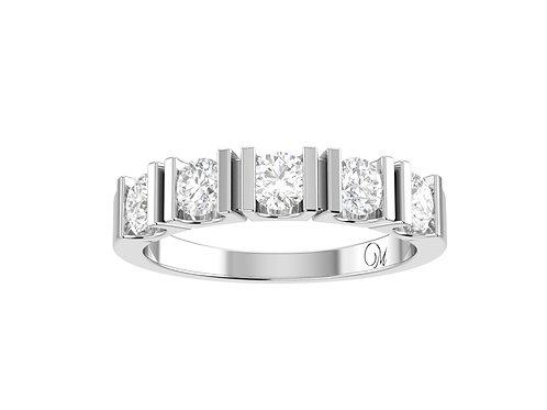 Round Brilliant-Cut Diamond Band - RP0775