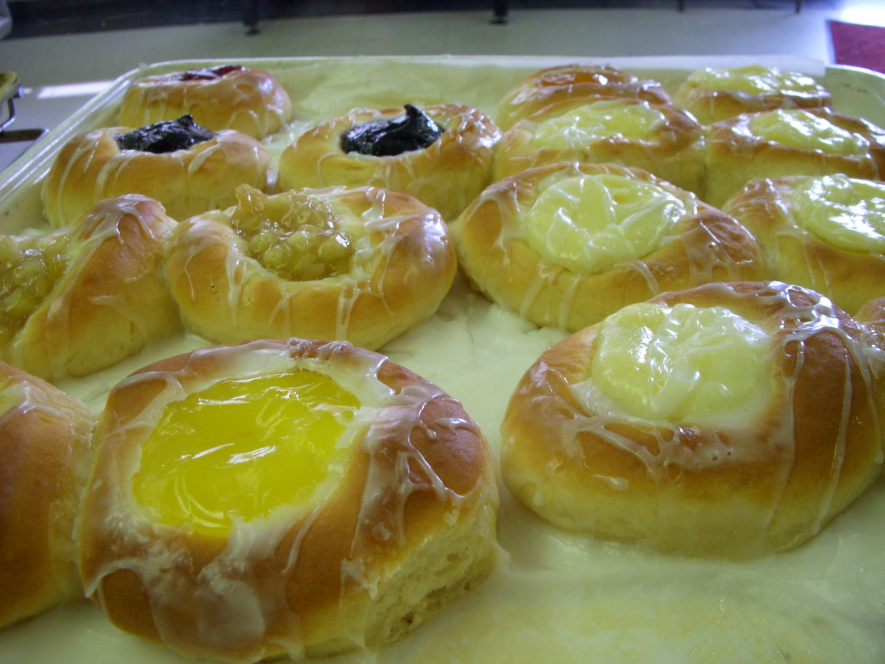 fruit and cream cheese danishes