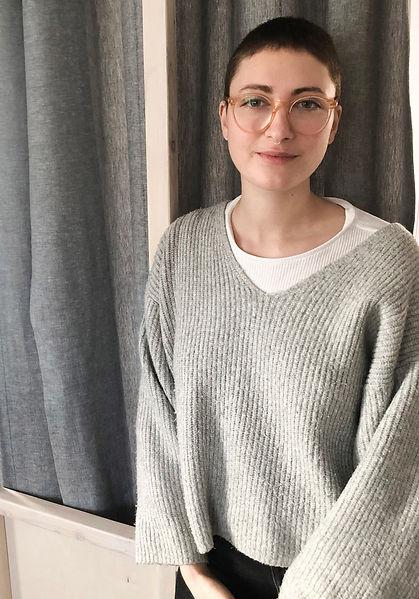 Julie-portrait-.jpg