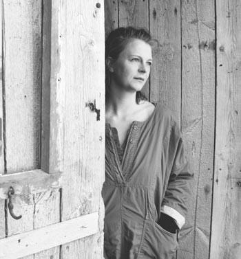 Emilie Dalum, factory, Djúpavík, úr vör, vefrit, Maresa Jung