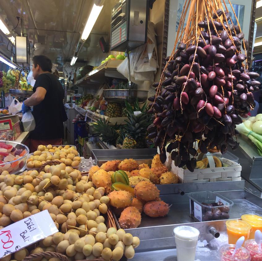 Olives & Fruit, Valencia
