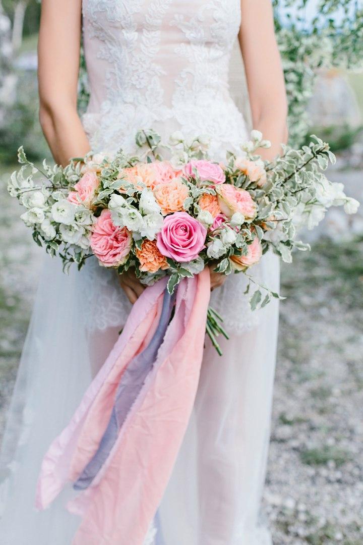 современный букет невесты