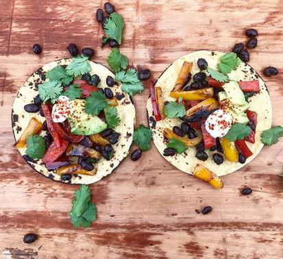 Black bean & bell pepper tacos