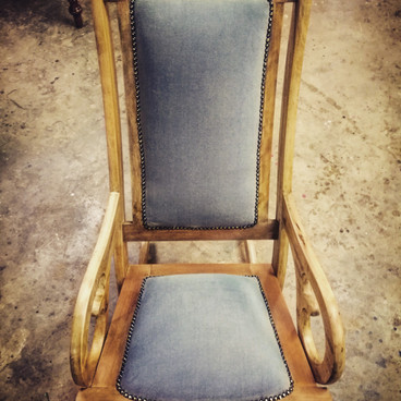Rocking chair stripped natural wax finish