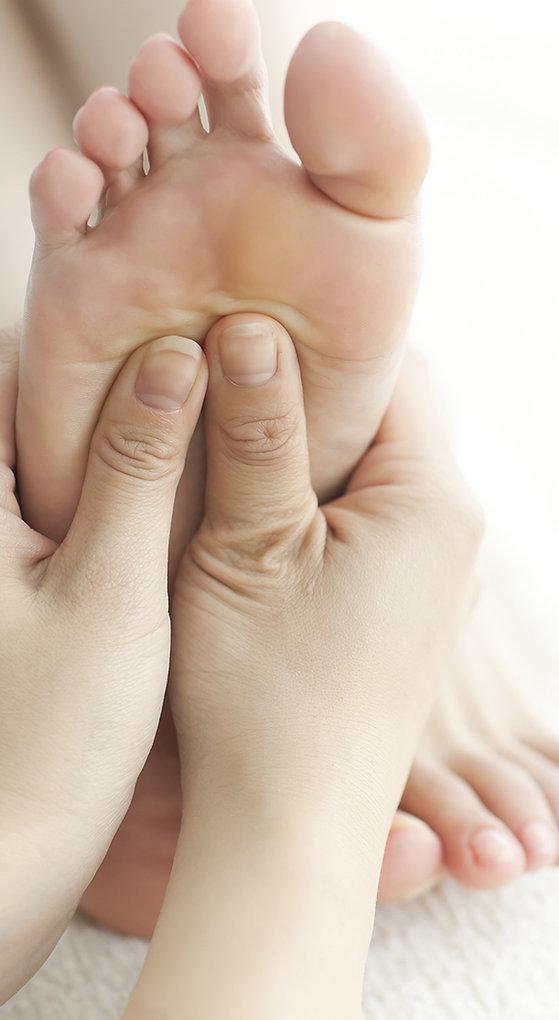 Massothérapie, Massage Thaïlandais, Massothérpie à Québec, Massothérapie en nature, Yoga, Soins Énergétiques, Massage métamorphique, Satya Renaissance