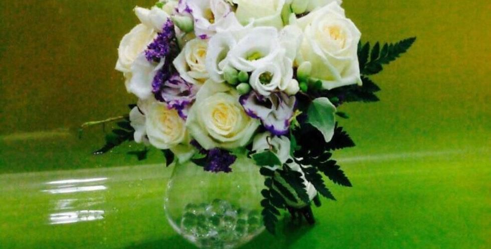 Ramo novia con rosa y lisianthus