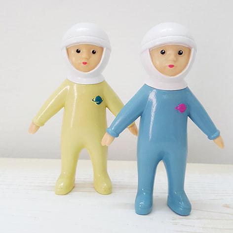 bonecos mini astrid astronautas amarelo e azul lapin & me