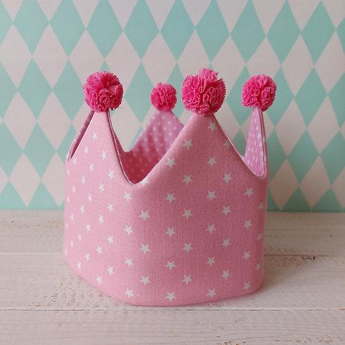 Coroa rosa estrelas e rosa pintinhas*pompons fuchsia