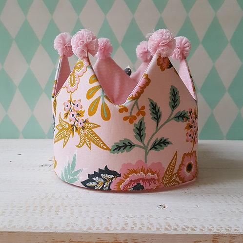 Coroa rosa flores e rosa tracinhos*pompons rosa claro