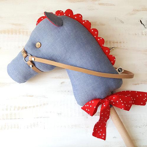 Cavalinho de Pau azul e encarnado