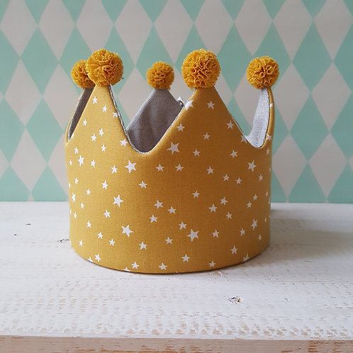 Coroa mostarda de estrelas e cinza*pompons mostarda
