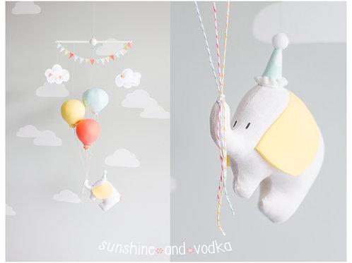 Elephant and Balloon Baby Mobile, Flying Elephant Nursery Decor, i99