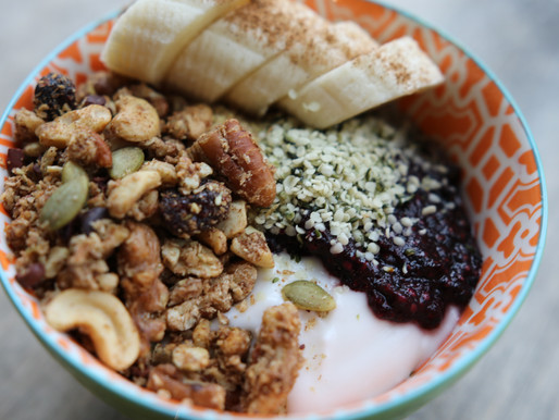 Healthy Gut: Nutty Everything Granola Breakfast Bowl