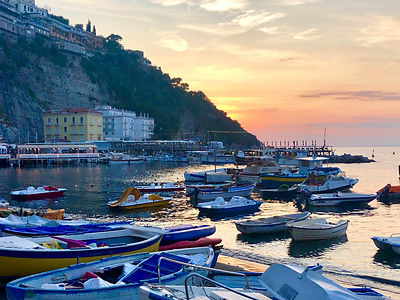 Buscemi_Boats in Sorrento.jpg