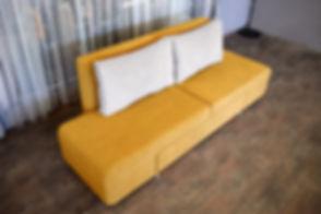siles_yellow2_f.jpg