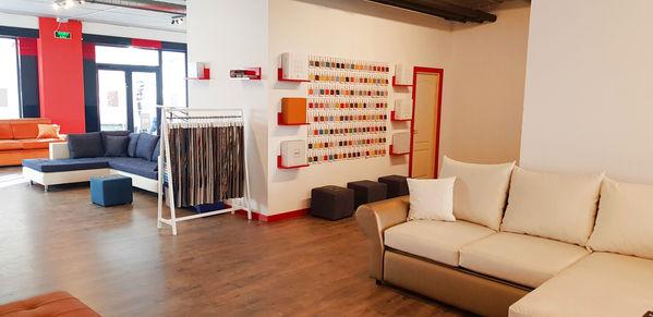 estilo cj showroom.jpg
