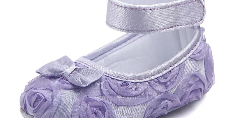 Flower Girls' Shoe with Small Flowers