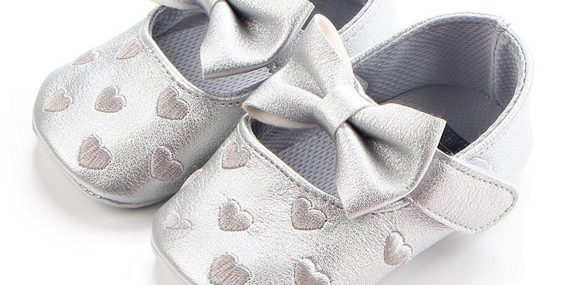 Sliver Shoe with White Heart