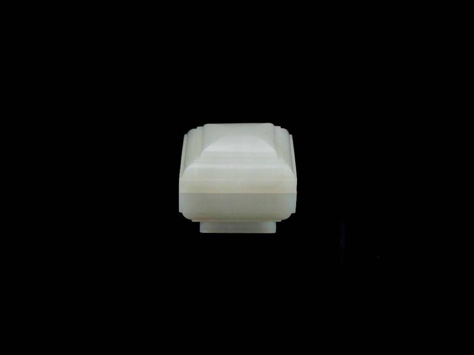 白玉方蓋盒