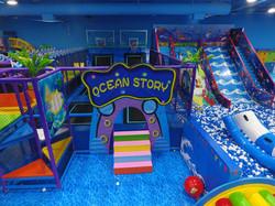 OceanWorldTrampolineBasketball