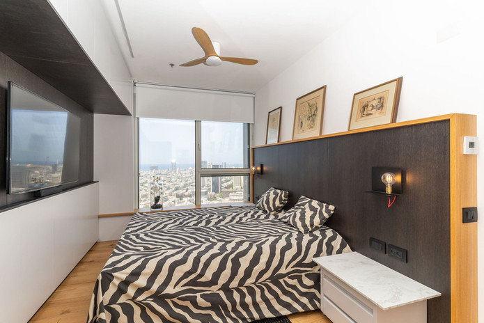 TLV TOWERS APARTMENT