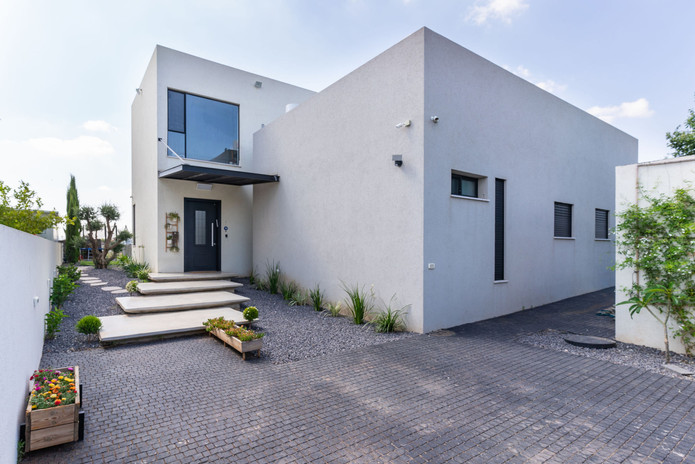 CUBE HOUSE Exterior