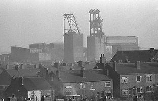 13-Shirebrook Colliery & Village 1992.jp