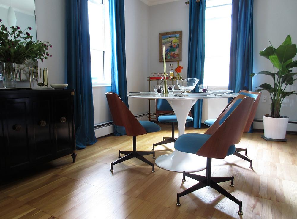 BLUE MID CENTURY MODERN DINING ROOM