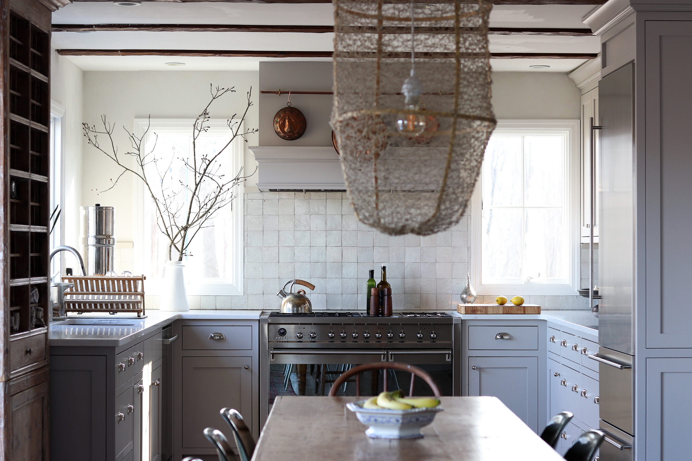 u shaped farmhouse kitchen