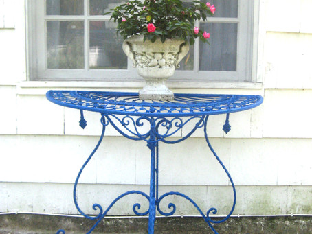 GARDEN TABLE MAKEOVER