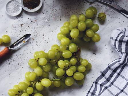 Gabriel Vallejo: Uvas, deleite para el paladar
