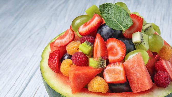 """Frutas: as """"donas"""" da estação mais Quente do ano! O Verão tá chegando."""