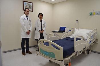 Dr. Alexandro Martagón y Dra Roopa Pravin Mehta