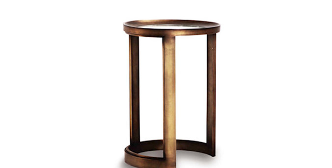 Oliver Stand Table
