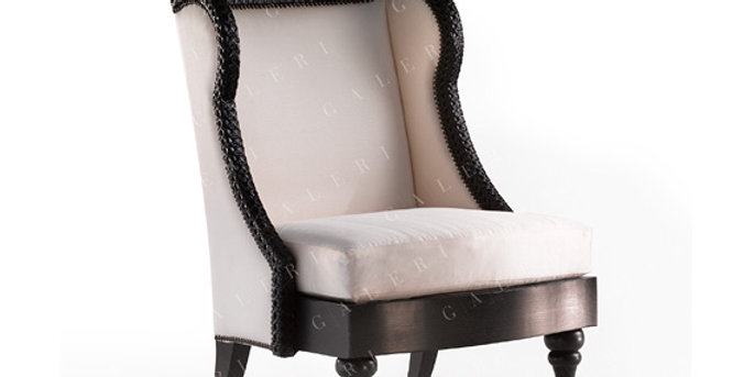 Thierre Wing Chair