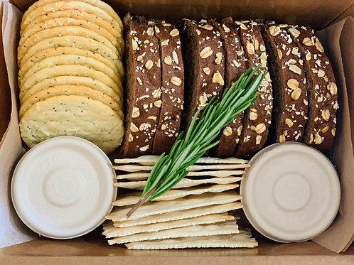 Assorted Crackers, Baguette & Preserve Box