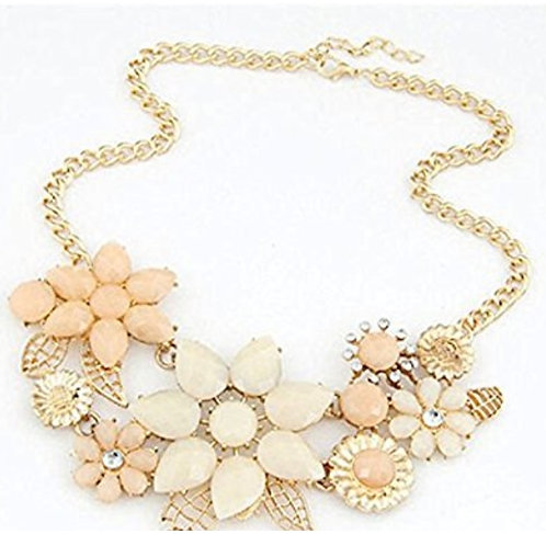 USG Casual Peach Necklace