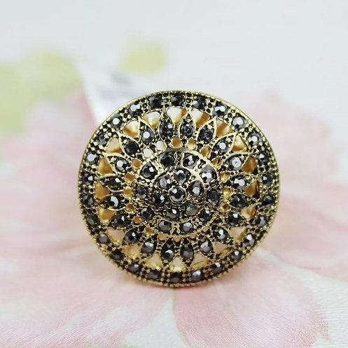 Vintage Cocktail Ring (Black and Gold)