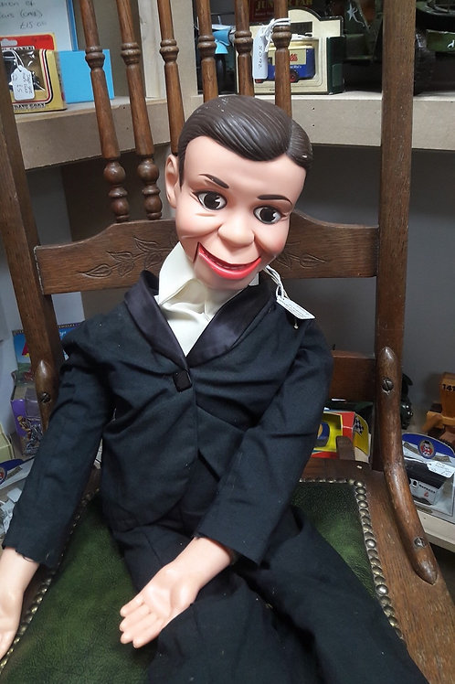 Toy story 4 . Ventriloquist doll