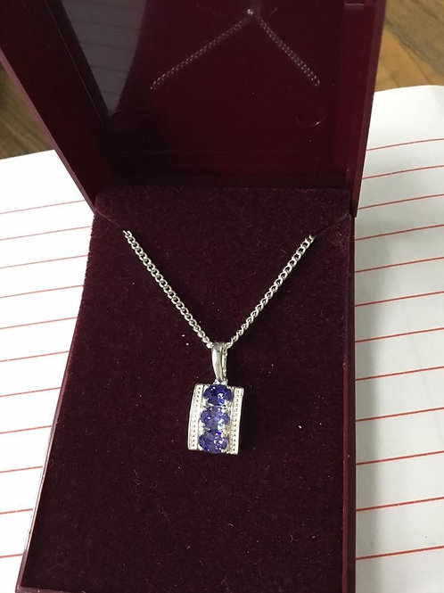 Amethyst pendent with silver chain