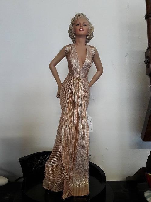 Marilyn Monroe figure on plinth