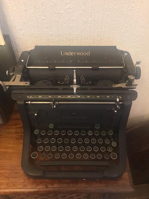 1924 Underwood typewriter