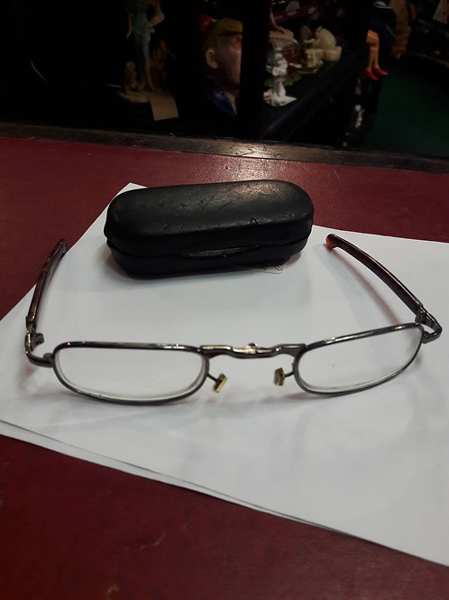 Vintage fold up spectacles in case