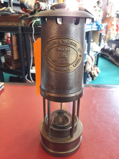 E Thomas & Wilson safety lamp.