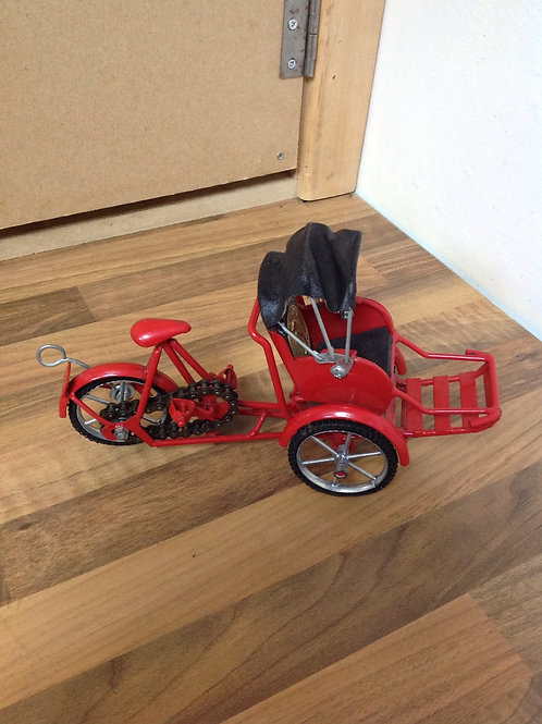 Red Tin Plate Tuk Tuk