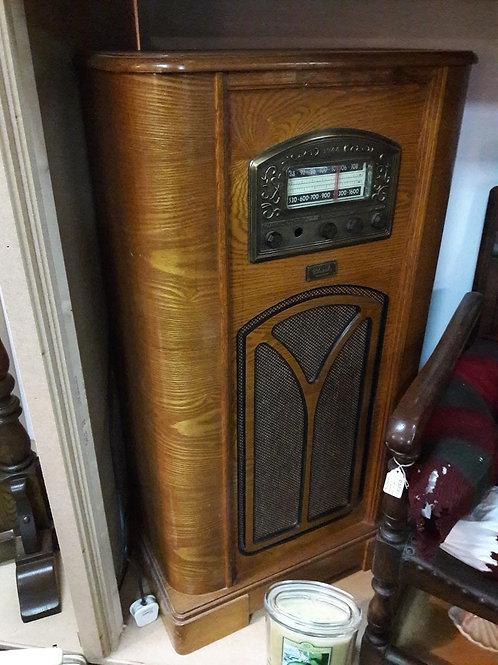 Vintage 3 ft radio