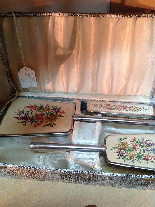 Vintage Vanity Brush/Mirror set