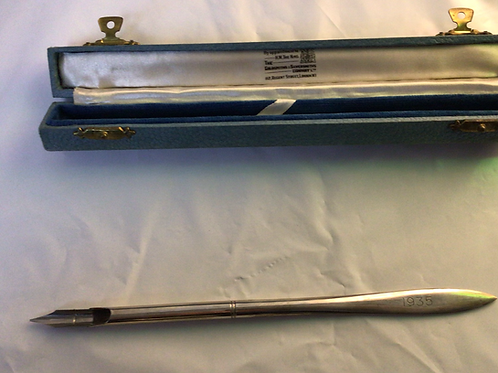 Antique silver dip pen
