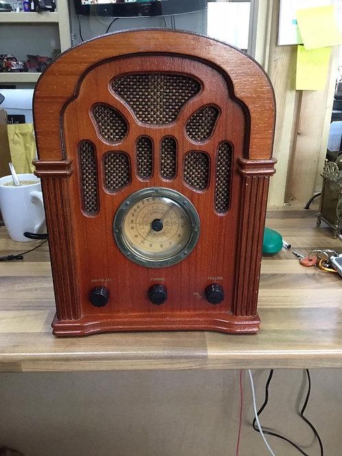 Steepletone vintage radio with cassette