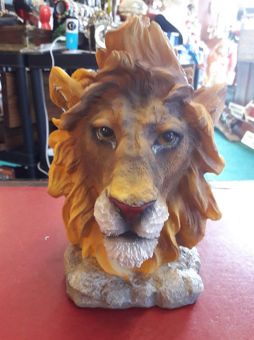 Resin cast Lion head.